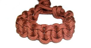 Braided Macrame Bracelet - Friendship bracelet - nice on